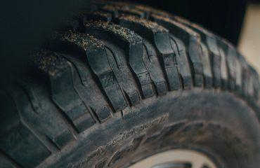 JKUR tire